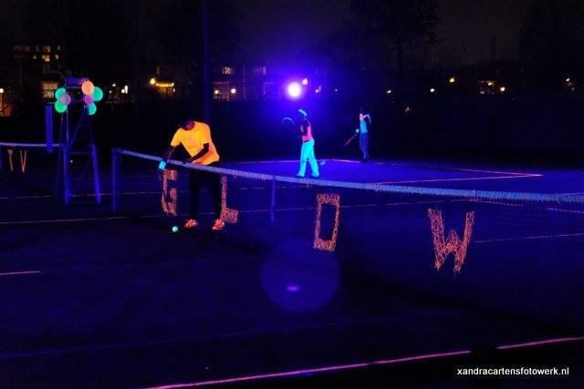 Blacklight tennis